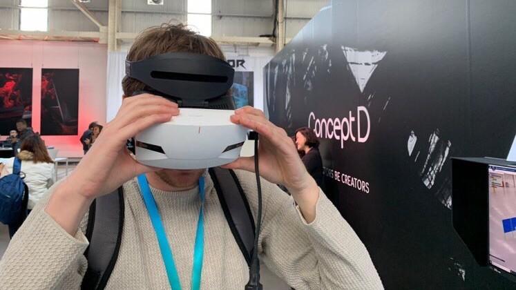 Новый VR-шлем от Acer