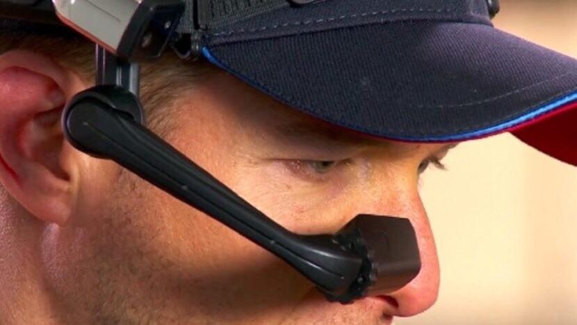 Смарт-очки RealWear для автомехаников от BMW
