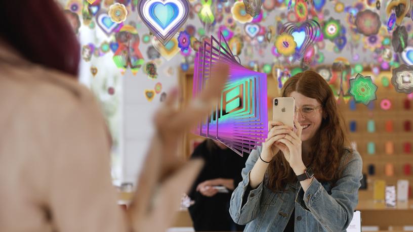Apple проведет AR-выставки в своих магазинах