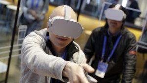 Российские десантники начнут обучаться прыжкам с парашютом в виртуальной реальности