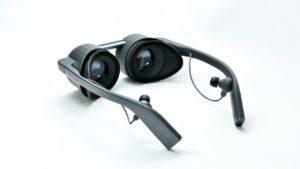 Первые очки виртуальной реальности с поддержкой HDR